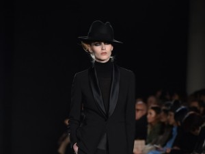 LFW-AW16-DAKS-Kriztian-Pinter-The-Upcoming-14-800x600